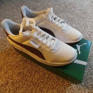 Puma Tennis Shoes NIB
